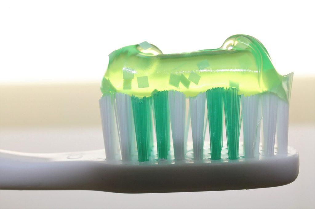 toothbrush, toothpaste, dentistry-2789792.jpg